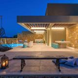Exterior view - Outdoor private swimming pool