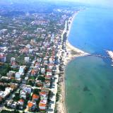 Perea, urban building occupies a great part of the coastline of Thermaikos gulf