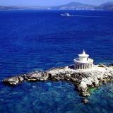 The Agioi Theodoroi Lamp, a circular lighthouse of Doric order