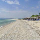 Paralia Ofrynio - the organised beaches of this coast constitute an ideal place for vacation