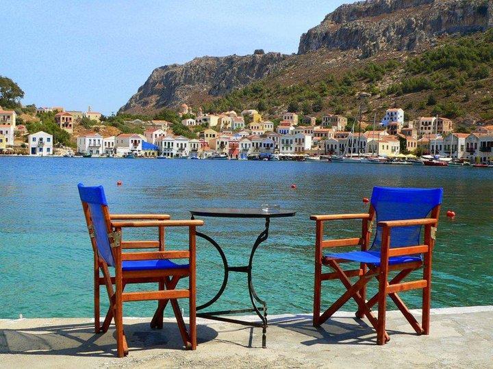 A beautiful place for ouzo in Megisti MEGISTI (Island) DODEKANISSOS
