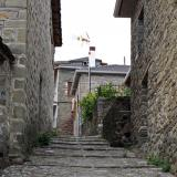 Alley in Pyrsogianni, Konitsa