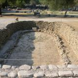 Bronze Age building (ca. 2000 BC): The earliest settlement in Olympia dates back to the prehistoric era