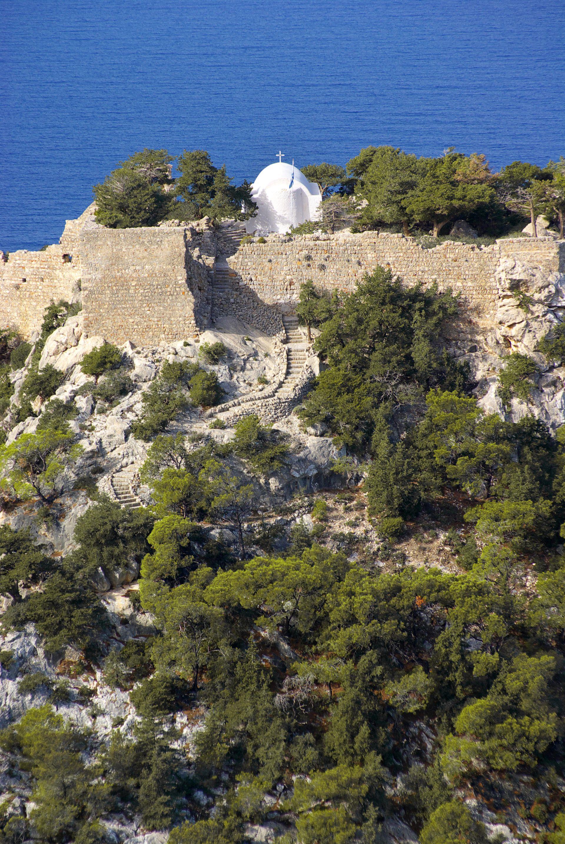 Αποτέλεσμα εικόνας για Μονόλιθος και το κάστρο του
