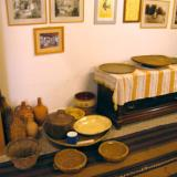 Traditional utensils