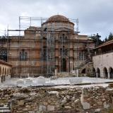 An extensive restoration project is well underway in the monastery of Daphni.